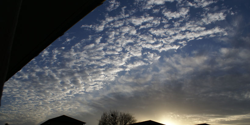 Altocumulus followed by Cirrus clouds?