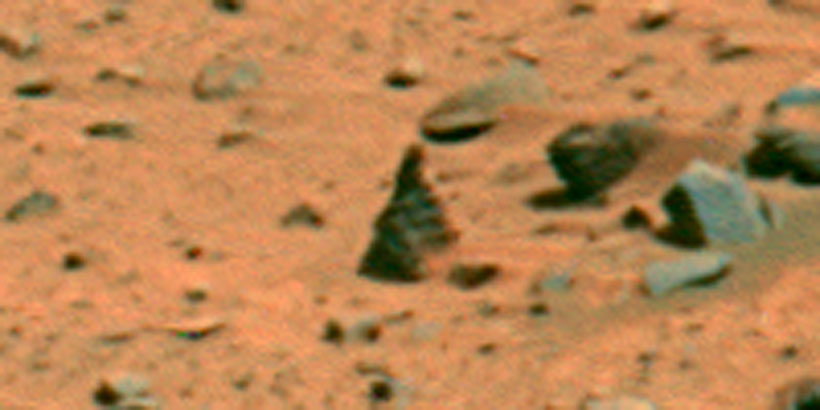 Strange vertical stone sculpture on Mars?