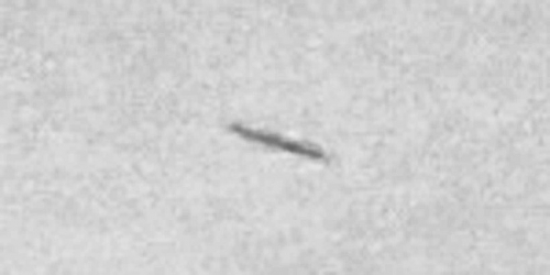 img6007-ufo-uap-object-1d-contrast-brightness-grayscale