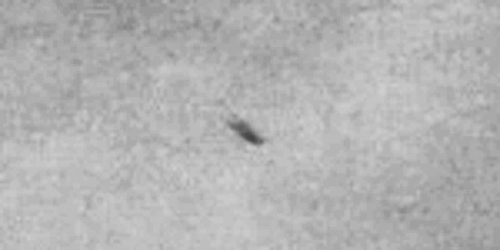 img6008-ufo-uap-object-1d-contrast-brightness-grayscale