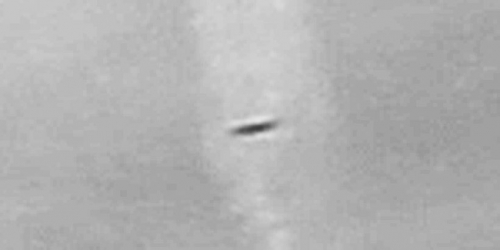 img6025-ufo-uap-object-2d-contrast-brightness-grayscale