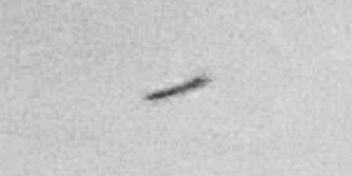 img6041-ufo-uap-object-3d-contrast-brightness-grayscale