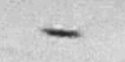 img6062-ufo-uap-object-2g-contrast-brightness-grayscale